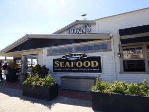 dorn's seafood